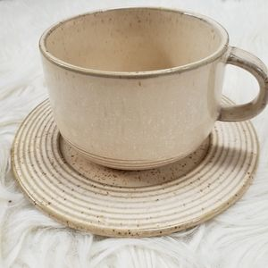🆕️☀️NWT Stoneware Cup and Saucer Set